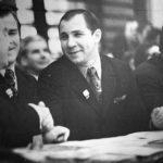 В.Попенченко (в центре), <br>слева – В.Фролов